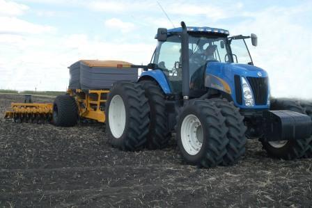 Липецкие аграрии получат 2,1 млрд рублей поддержки
