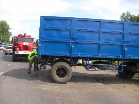 В Уварово в столкновении с грузовиком погиб водитель легковушки