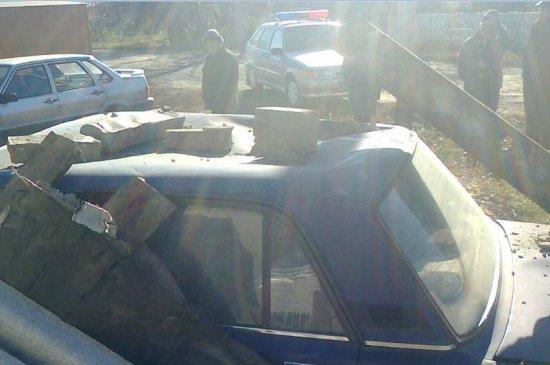 В Липецкой области водитель автомобиля снёс частный дом