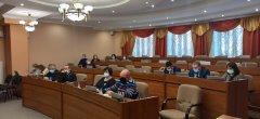 Депутаты берут на контроль жилищно-коммунальные проблемы горожан