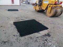 В Тамбове ямочный ремонт дорог выполнен на 15%