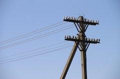 В Тамбовском районе падают электрические столбы